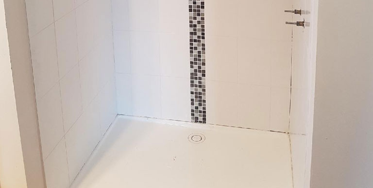 plastering repairs Melbourne shower tiles - Plastering and Tiling Services Greenvale