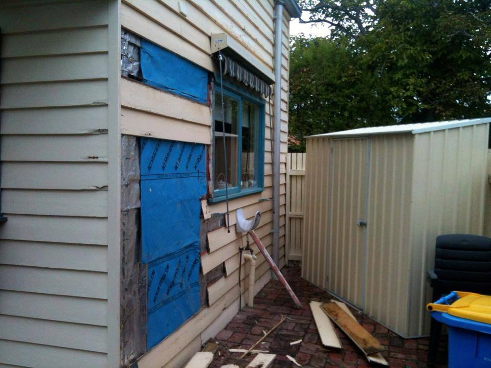 weather board painting thornbury before